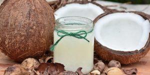 Olej kokosowy - zdrowy czy szkodliwy? Wszystkie argumenty za i przeciw!